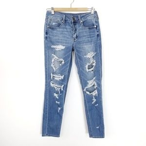 American Eagle Destroyed Tomgirl Jeans Medium 2